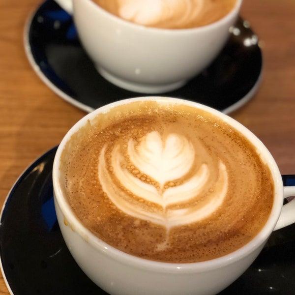Снимок сделан в Irving Farm Coffee Roasters пользователем Washington G. 2/10/2018