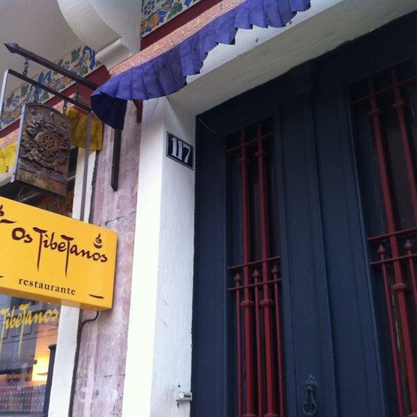 Das Foto wurde bei Os Tibetanos von Ricardo R. am 2/22/2013 aufgenommen