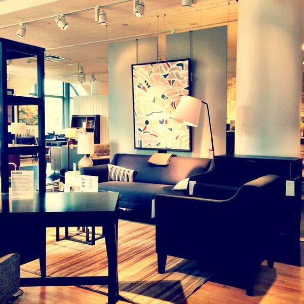 Photo taken at Crate and Barrel by Rodrigo S. on 5/16/2015