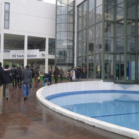 Foto diambil di İstanbul Teknik Üniversitesi oleh Şeyda Ç. pada 2/22/2013