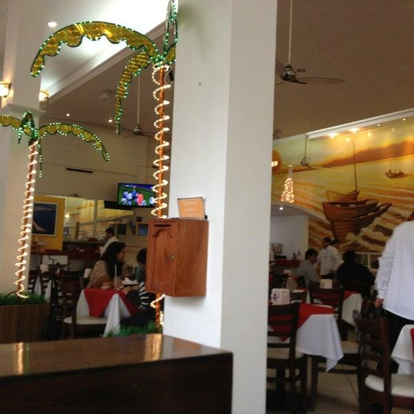 Photo taken at Restaurante Hnos. Hidalgo Carrion by Gabdi R. on 1/20/2013