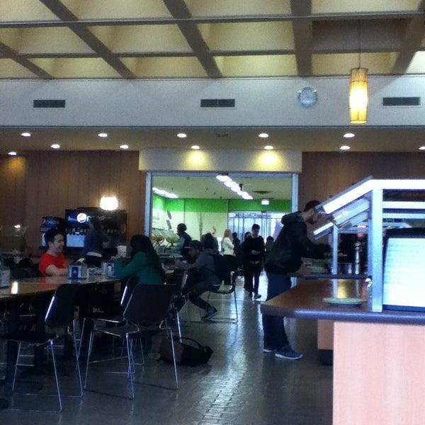 Photo prise au UIC Student Center East par Rachel O. le2/12/2013