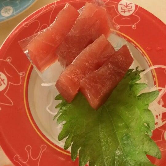 Photo taken at Sakae Sushi by Simon on 4/5/2014