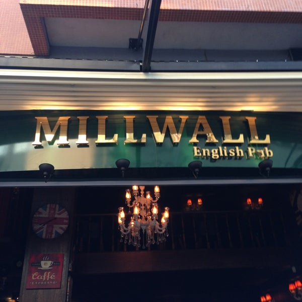 Photo taken at Millwall English Pub by 🌙🌹AYGÜL . on 7/9/2013