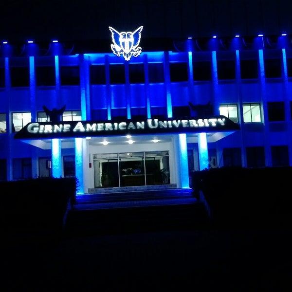 Photo prise au Girne American University par girneamerican le3/11/2013