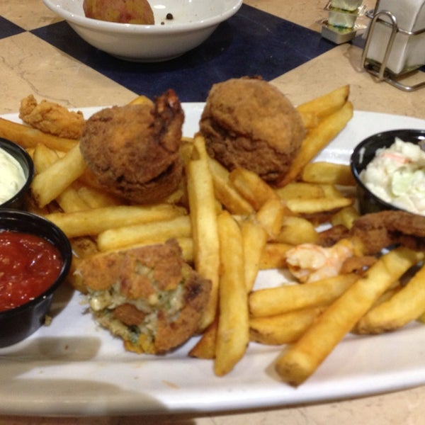 Photo taken at Deanie's Seafood by Paula C. on 7/25/2013