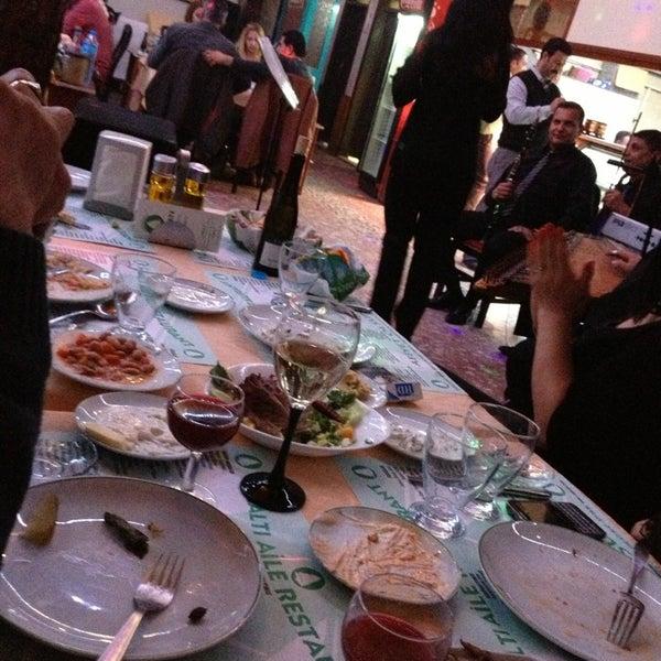 2/14/2013 tarihinde Mehmet N.ziyaretçi tarafından Çamaltı Restaurant'de çekilen fotoğraf