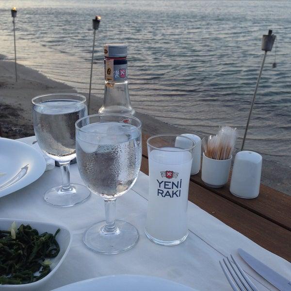 Das Foto wurde bei Kekik Restaurant von Gizem B. am 6/15/2013 aufgenommen