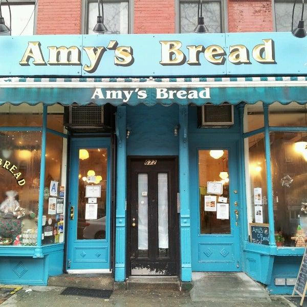 Foto tomada en Amy's Bread por Jenna A. el 12/15/2013