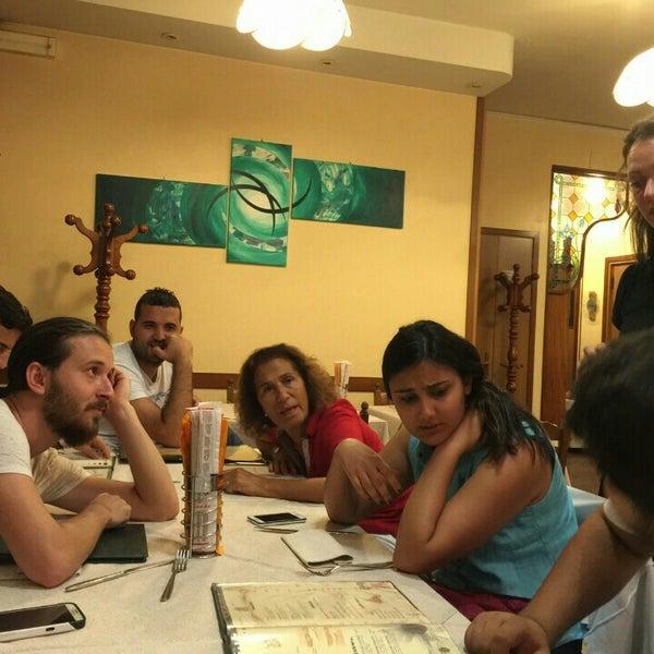 Photo prise au Pizzeria Cin Cin par Zïya A. le9/13/2015
