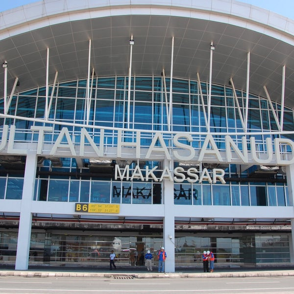 Photo taken at Sultan Hasanuddin International Airport (UPG) by Andee Y. on 4/3/2015