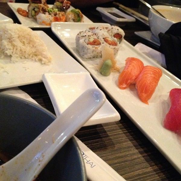 Foto diambil di Sushi Thai oleh Alissa L. pada 3/1/2013