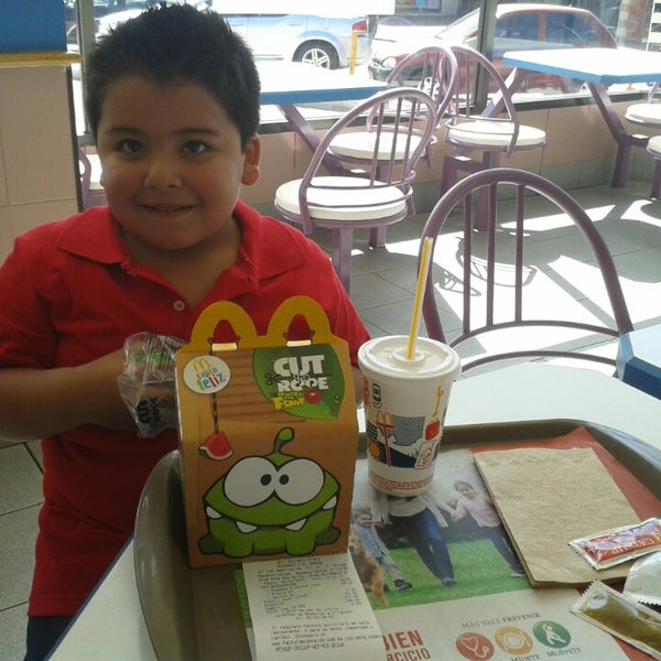 Photo taken at McDonald's by Charmo H. on 2/28/2015