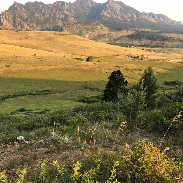 5 Great Day Hikes Near Boulder Colorado: Doudy Draw Trailhead