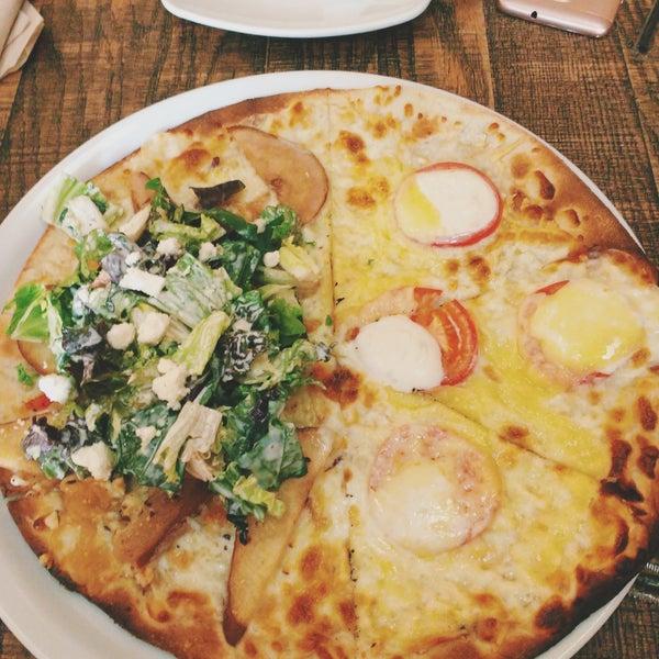 Fotos en California Pizza Kitchen - 31 tips de 1666 visitantes