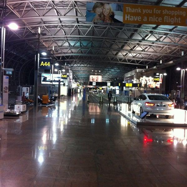 Снимок сделан в Брюссельский аэропорт (BRU) пользователем Michał W. 6/19/2013