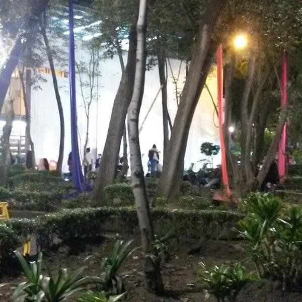 Photo taken at Jardin Morelos by Rockberttirry G. on 10/31/2014