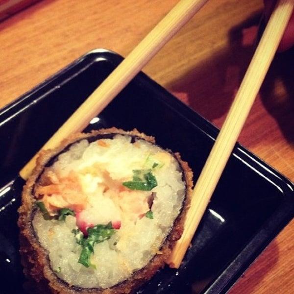 Foto tirada no(a) Hachi Japonese Food por Rafaela M. em 3/23/2013