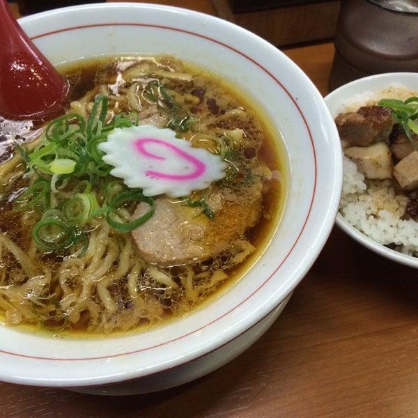 5/7/2014にNoriyuki O.が中華そば 維新商店で撮った写真