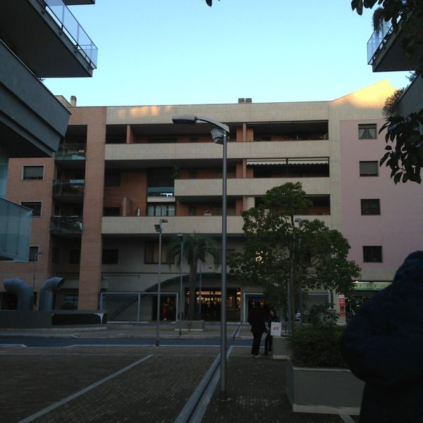 Foto scattata a Centro Commerciale Parco Leonardo da Maria Erlange Sposata H. il 3/2/2013