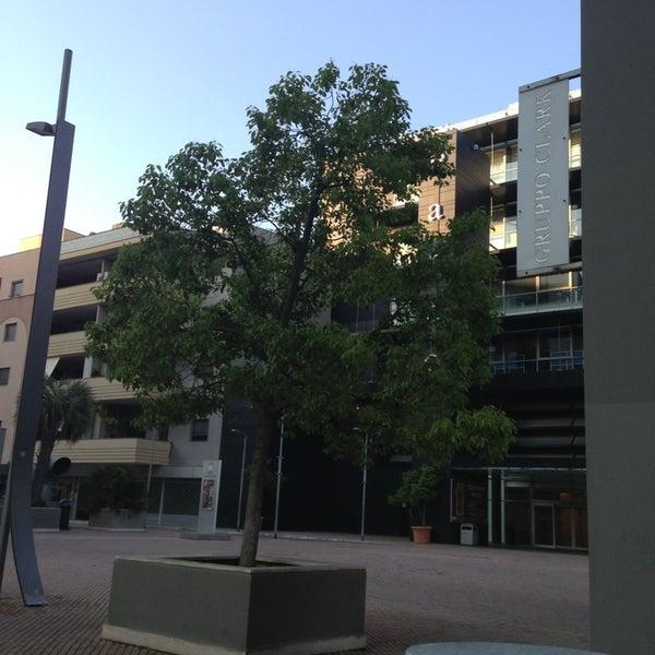 Foto scattata a Centro Commerciale Parco Leonardo da Maria Erlange Sposata H. il 6/14/2013