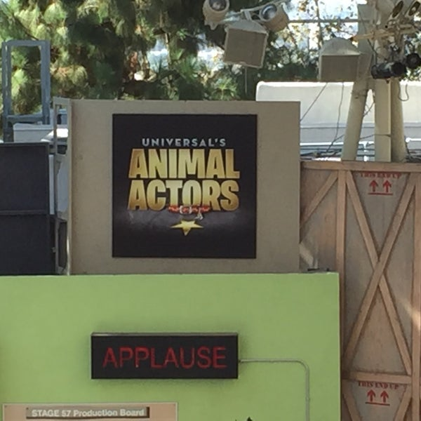 Photo taken at Universal's Animal Actors by Lauren D. on 9/5/2016