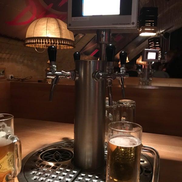 Das Foto wurde bei The Pub Berlin von Corinna am 12/20/2017 aufgenommen