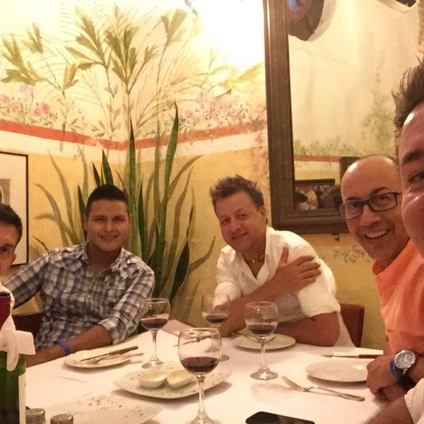 Foto tomada en Donde Olano Restaurante por Oscar Diego A. el 7/14/2016