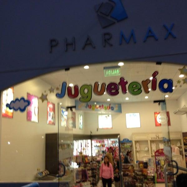 Photo taken at Pharmax by Brenda Denisse🌼 on 5/1/2013