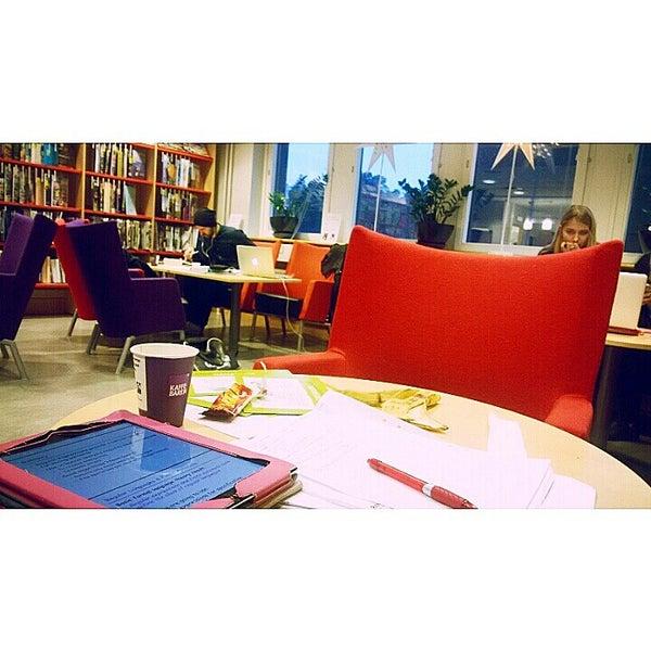 Снимок сделан в Ångströmlaboratoriet пользователем Hiba A. 12/10/2014
