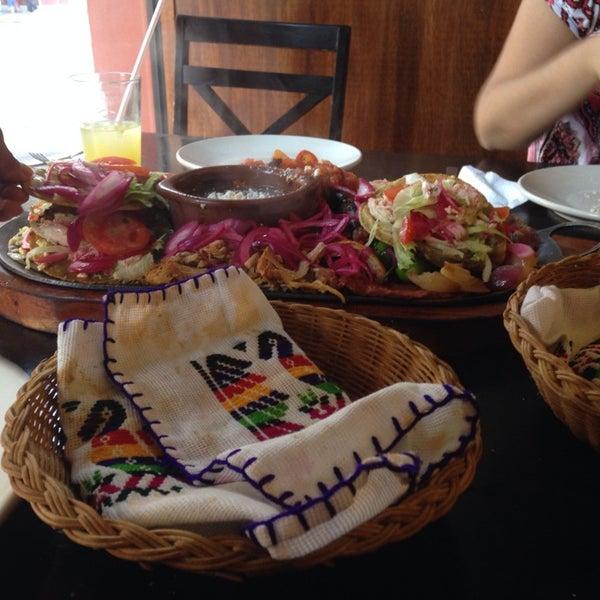 Los dos toros restaurante restaurante mexicano for Los azulejos restaurante mexicano