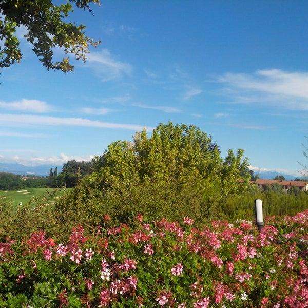 Foto scattata a Golf Club Paradiso da Marologyz il 8/25/2013