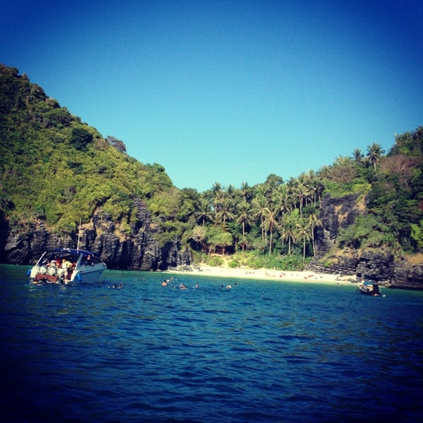 Photo taken at Phi Phi Island by Малика on 3/17/2013