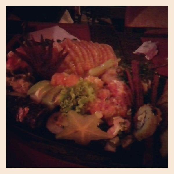 Foto tirada no(a) Hachi Japonese Food por Graziele C. em 7/10/2013