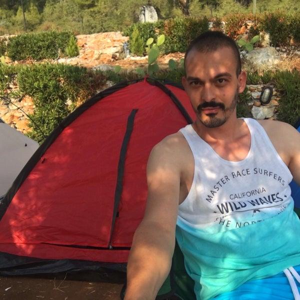 9/13/2016 tarihinde Enes Y.ziyaretçi tarafından Azmakbasi Camping'de çekilen fotoğraf