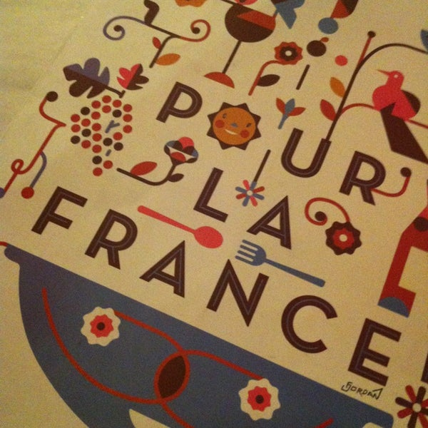Photo taken at Pour La France by Sofía G. on 12/21/2012
