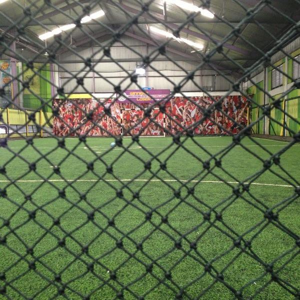 Foto tomada en Planet Futsal por Pierre A. el 4/13/2013