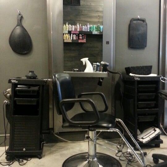 Photos at Académie de coiffure Tornade - Mile-End - 8 tips