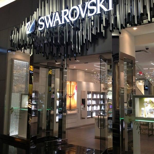Swarovski jewelry store in the strip for Swarovski jewelry online store