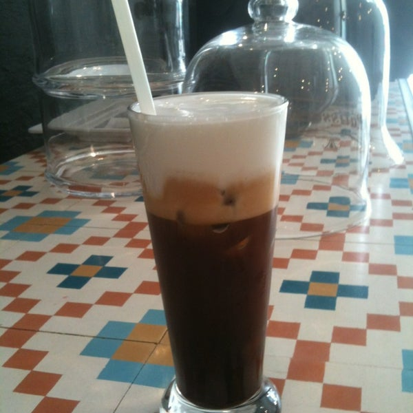 You must try the cold cappuccino freddo and cold freddo espresso the best coffee in town!!! All the staff here is trained by the world champion barista chris loukakis!!!