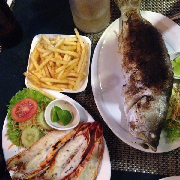 Снимок сделан в Tanta's Thai Restaurant пользователем @rd@ 12/24/2014