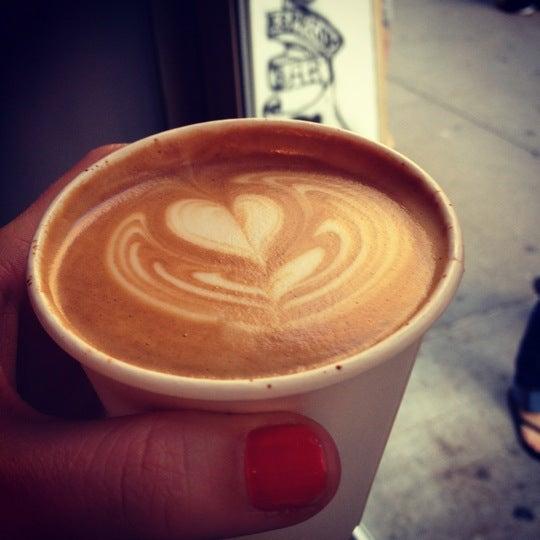 Das Foto wurde bei Culture Espresso von Carmen d. am 9/19/2012 aufgenommen
