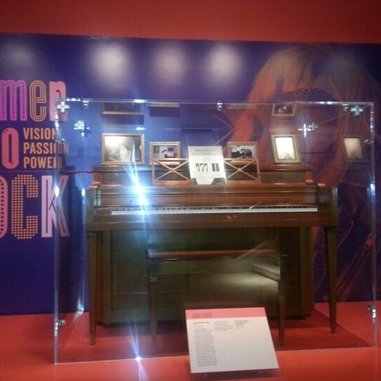 Photo taken at National Museum of Women in the Arts by Cara on 11/17/2012