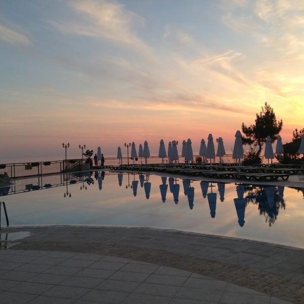 5/3/2013 tarihinde Андрей С.ziyaretçi tarafından Utopia World Hotel'de çekilen fotoğraf