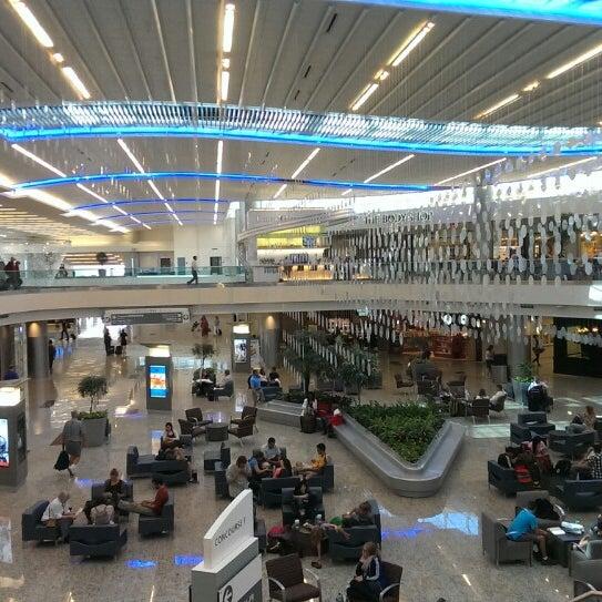 Photo taken at Hartsfield-Jackson Atlanta International Airport (ATL) by Ulrik ⚓. on 7/16/2013