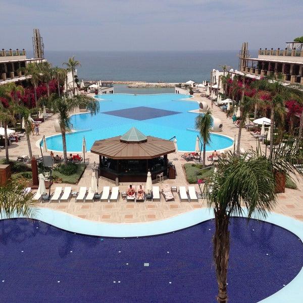 5/8/2013 tarihinde Ksenia S.ziyaretçi tarafından Cratos Premium Hotel & Casino'de çekilen fotoğraf