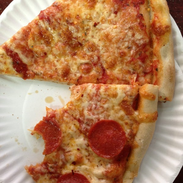 Photo taken at 99¢ Fresh Pizza by Pete C. on 12/19/2012