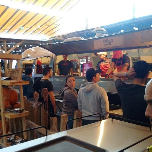 Foto tomada en Pinche Gringo BBQ Patio por Edgar P. el 10/19/2014