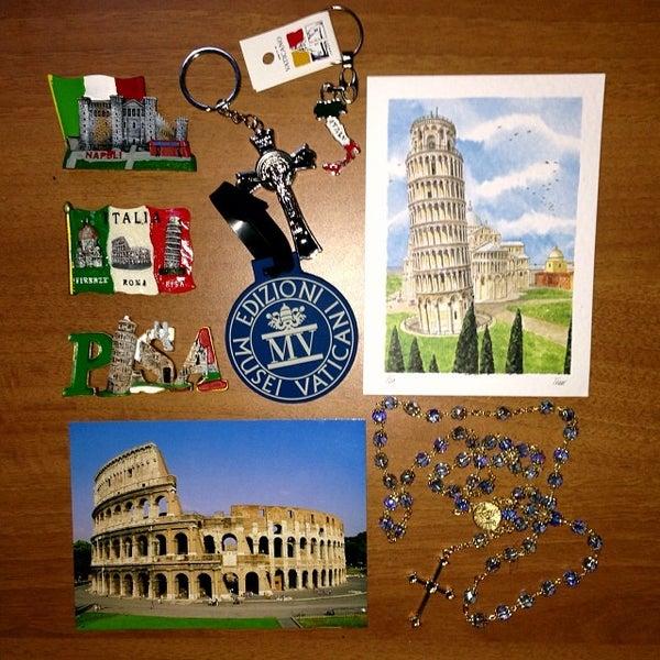 Foto scattata a Four Seasons Hostel Rome da jetsetrico il 12/19/2013