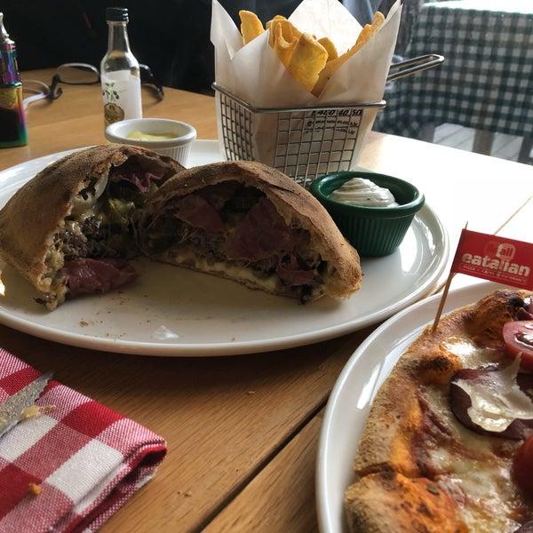 5/12/2018 tarihinde Melih Emre M.ziyaretçi tarafından All Eatalian ( Pizza - Bakery - Breakfast )'de çekilen fotoğraf